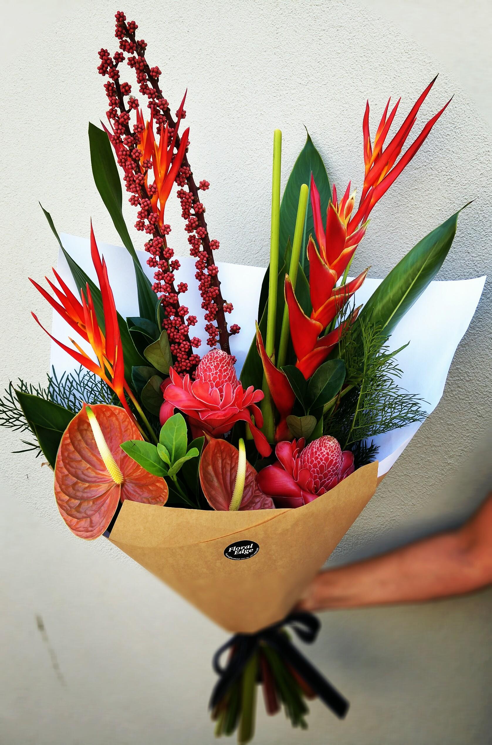 Tropical Bouquet Floral Edge