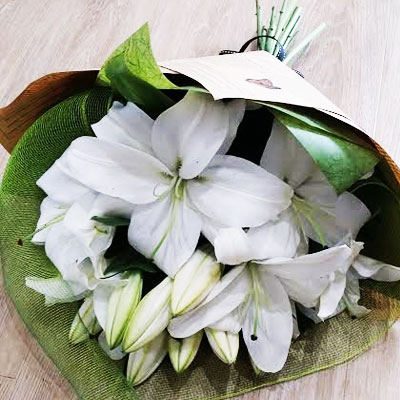 floral-edge-Oriental-bunch